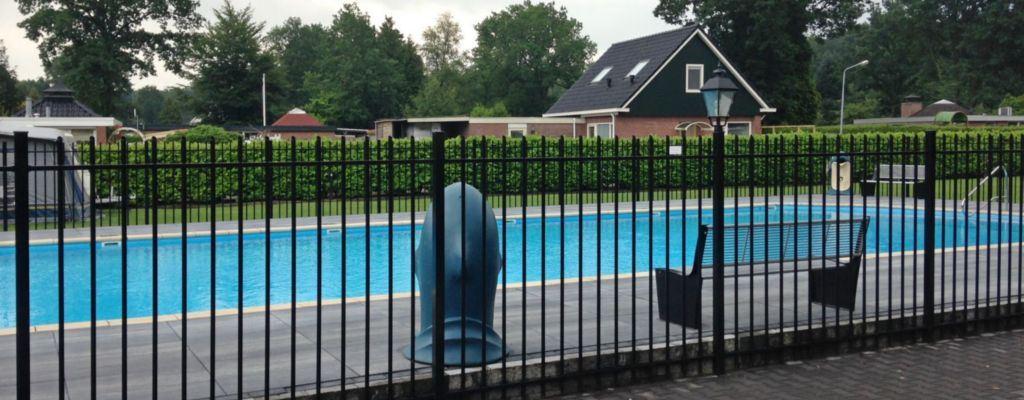 Omheining zwembad plaatsen